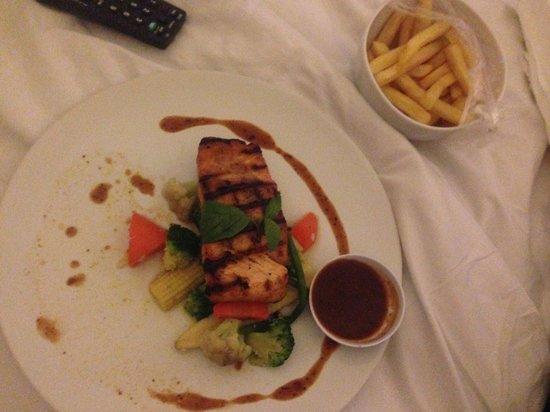 Swiss-Belhotel Segara Resort & Spa: Room Service - Dining