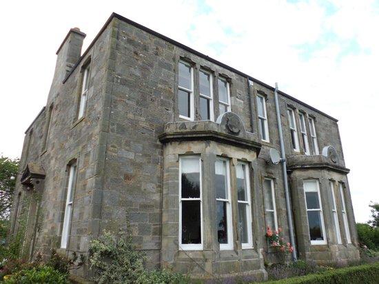 Bankhead House: Photo taken in the garden