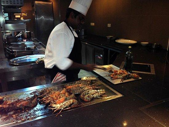 LUX Le Morne: Buffet The Kitchen