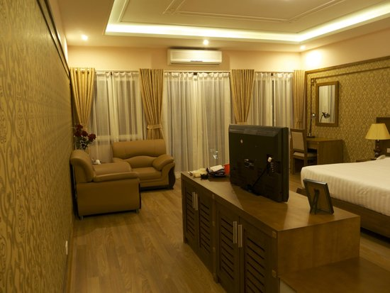 Suite picture of spring flower hotel hanoi hanoi tripadvisor spring flower hotel hanoi suite mightylinksfo