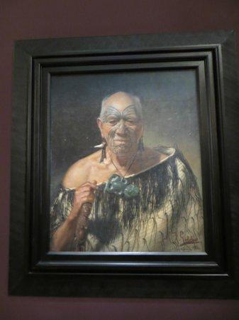 Musée du mémorial de guerre d'Auckland : Portrait of a famous Maori warrior.