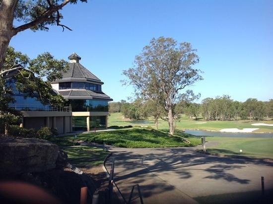 Riverside Oaks Golf Resort: Clubhouse