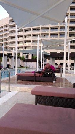Crowne Plaza Abu Dhabi - Yas Island : Hotel view