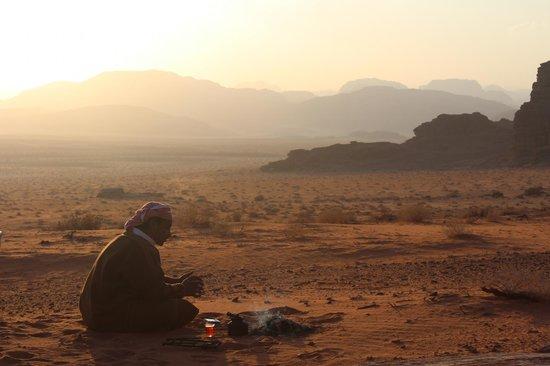 Jordan Tracks - Bedouin Camp: theetime at the campsite