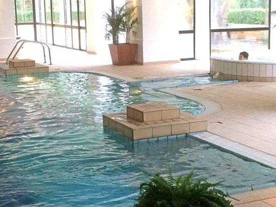Corinthia Palace Hotel: la piscine intérieure