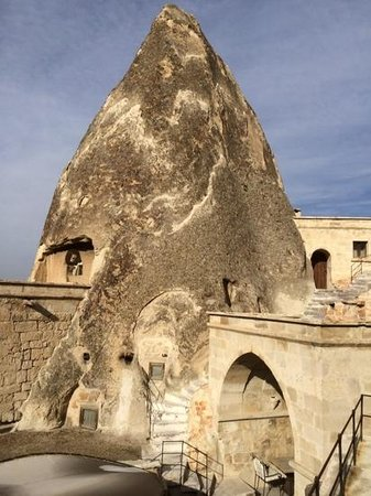 Anatolian Houses : the real cave hotel!