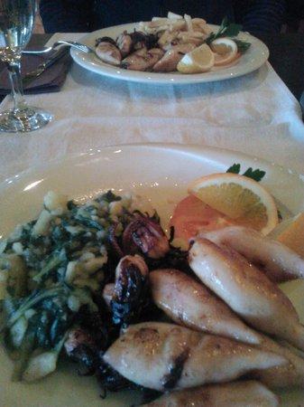 Gardens Restaurant : calamari alla griglia con biete e patate