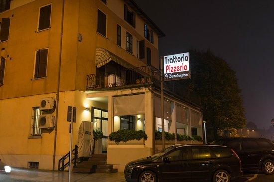 Trattoria Pizzeria del Buontempone : 外観