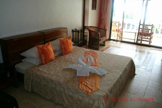 Nigi Nigi Too Beach Resort: Spacious room