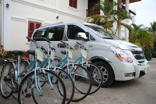 Phone Praseuth Guesthouse : Good Bikes for free