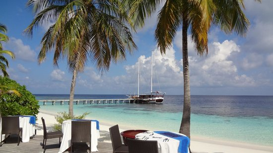 Mirihi Island Resort: View from the buffet restaurant