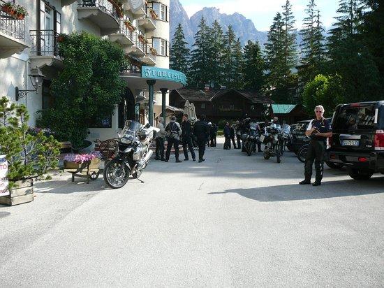 Franceschi Park Hotel: gruppo bikers