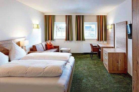 Hotel Flatscher: Doppelzimmer mit Sofabett