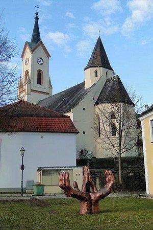 """Friedersbach, Österreich: """"Betende Hände"""" - in der Umgebung..."""