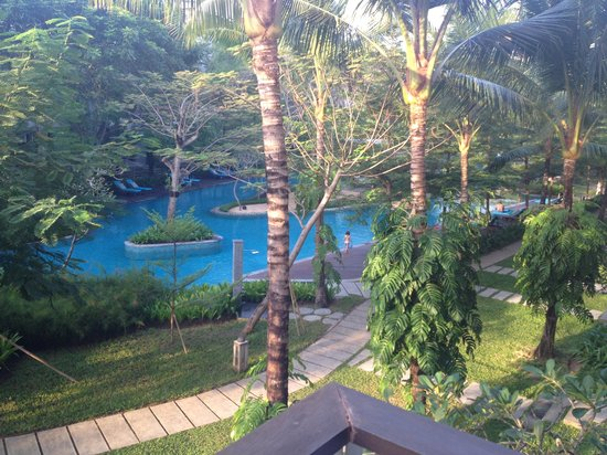 Courtyard Bali Nusa Dua Resort : pool
