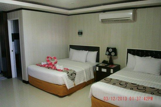 Diamond Water Edge Resort: 2 Queen Beds- Great for families