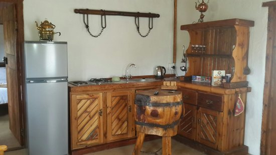 The Old Jail: Farmers stall kitchenette