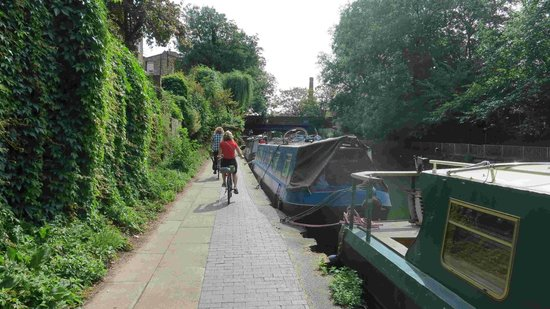 Cycle Tours of London: Mathew and i riding away