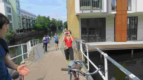 Cycle Tours of London: well utlized tracks