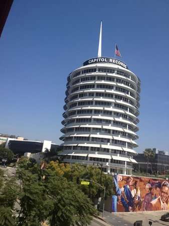 The Redbury Hollywood : Capitol (HW sign in background)