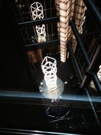 Hotel Urban: vue depuis l'ascenseur
