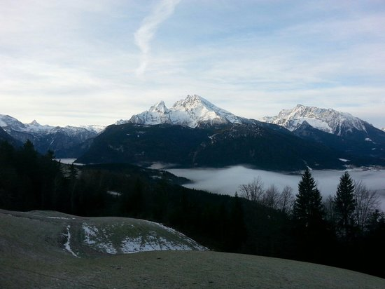 Alpengasthof Hochlenzer Restaurant: Tolles Bergpanorama vom Hochlenzer: Blick aufs Watzmannmassiv