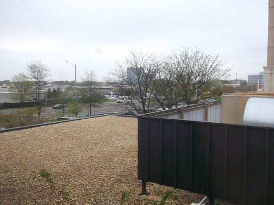 Crowne Plaza Tysons Corner: another view from room