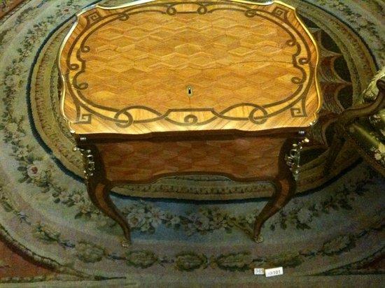 Musée Nissim de Camondo : XVIIIth century marquetry work