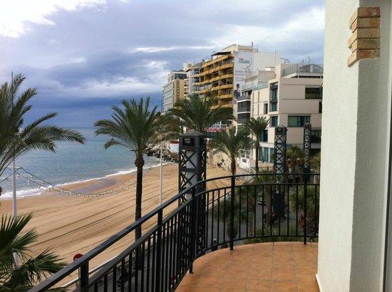 Apartamentos Senabre Palais : View towards Balcon De Meditaraneo