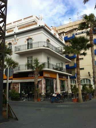 Apartamentos Senabre Palais : Front of Apartments