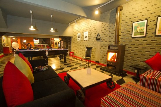 Honeymoon Inn Manali : sports lounge - the best in manali