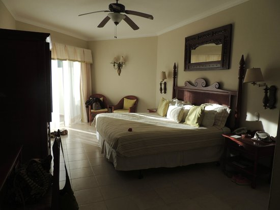 Dreams La Romana Resort & Spa: Standard room-1 king bed