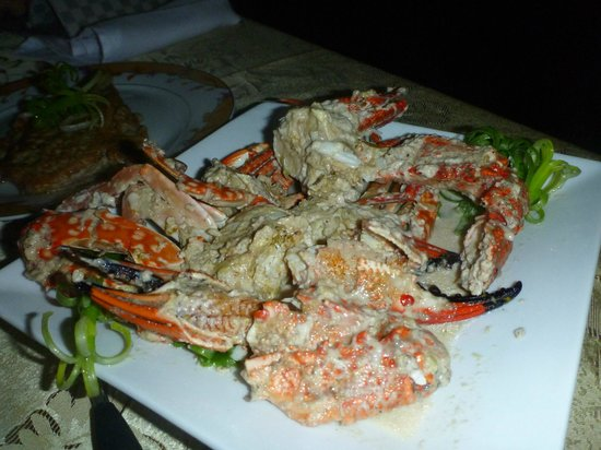 Padre Burgos Castle Resort: Garlic Crabs
