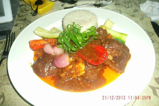 Padre Burgos Castle Resort: Great & Tastey Beef Dish