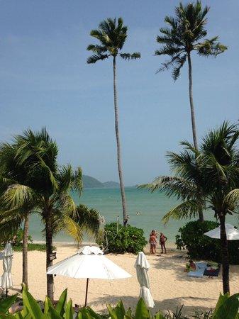 Pullman Phuket Panwa Beach Resort : Vue depuis la piscine