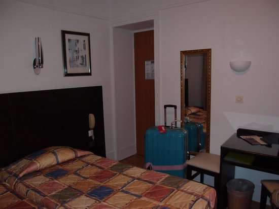 Amiot Hotel: ツインのお部屋62号室