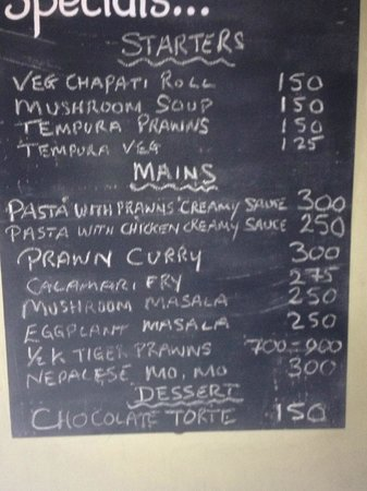 Kadaltheeram Beach Resort: specials board - main menu to choose from also