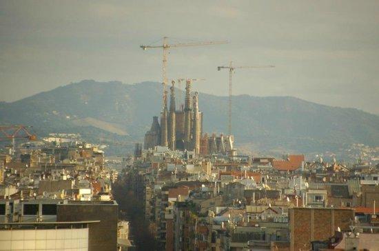 Barcelo Sants : Blick auf die Baustelle der Sagrada Familia aus dem Zimmer