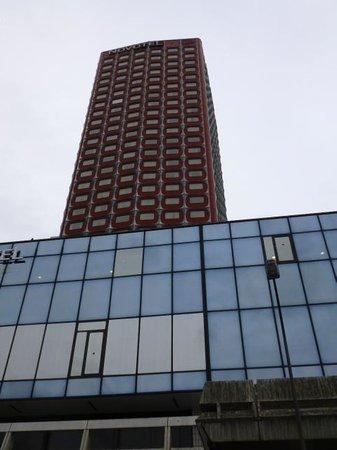 Novotel Paris Centre Tour Eiffel: ホテル外観