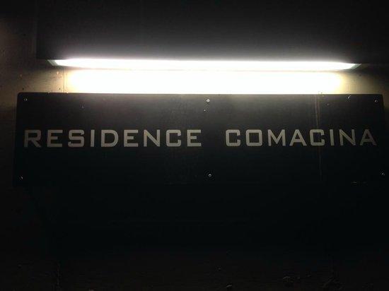 Residence Comacina: Scritta esterna