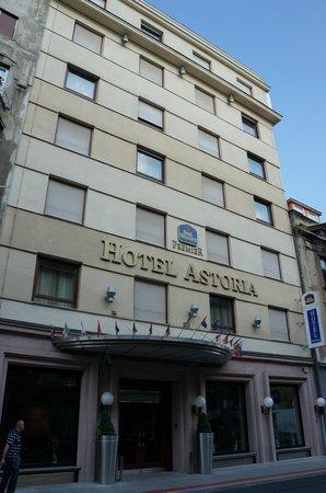 BEST WESTERN PREMIER Hotel Astoria: Фасад отеля