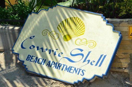 Cowrie Shell Beach Apartments: 10