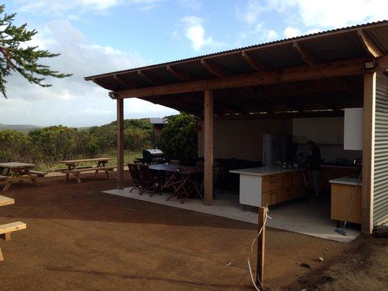 Pebble Point: Open air kitchen