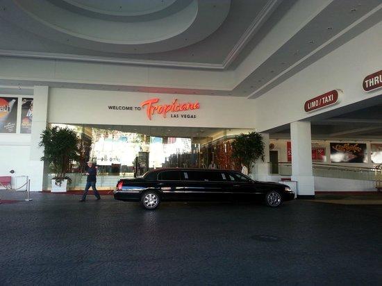 Tropicana Las Vegas - A DoubleTree by Hilton Hotel : The entrance to Tropicana