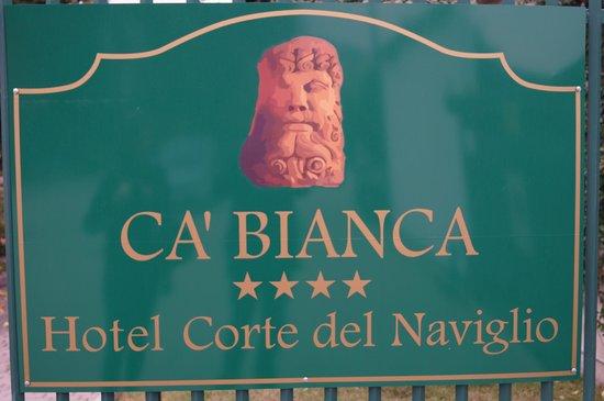 Ca Bianca Hotel Corte del Naviglio: tabliczka