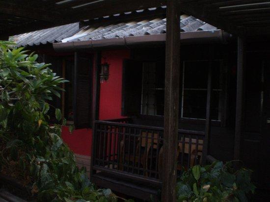 Riverside Guest House: chambre vue extérieure