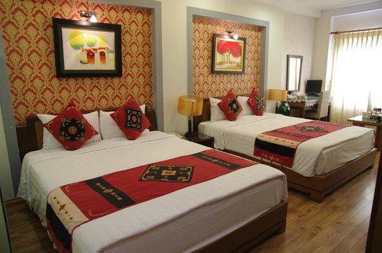 Splendid Star Suite Hotel : Spacious Room