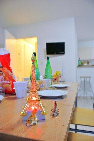 City Residence Bry sur Marne: sala pranzo/cucina apt 7 persone