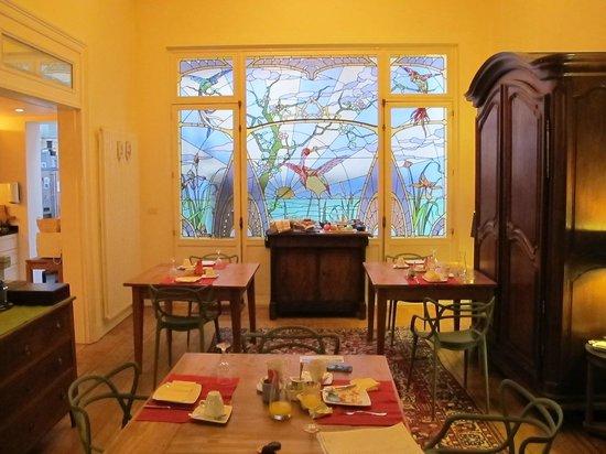 Maison Noble: Salon pour petit-déjeuner