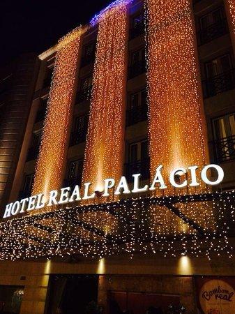 Hotel Real Palacio: Esterno